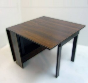 stalas-knyga